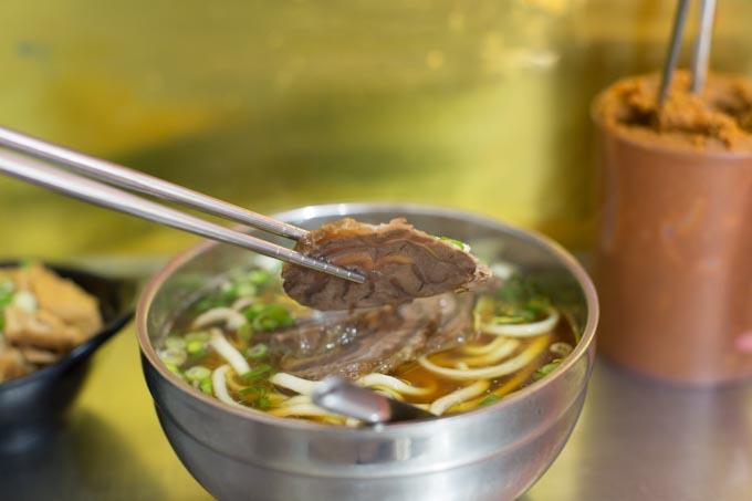 lindongfang-beef-noodies-6