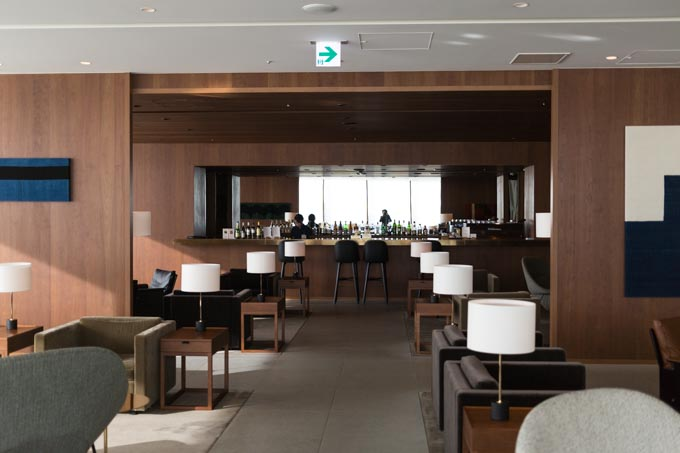 haneda-airport-cathaypacific-lounge-26