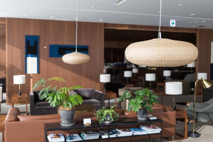 haneda-airport-cathaypacific-lounge-30