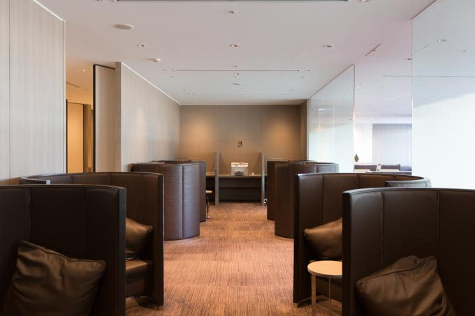 jal-firstclass-lounge-32