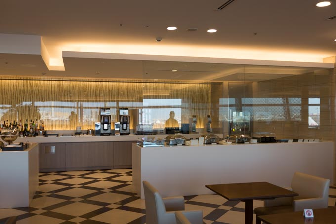 jal-firstclass-lounge-36