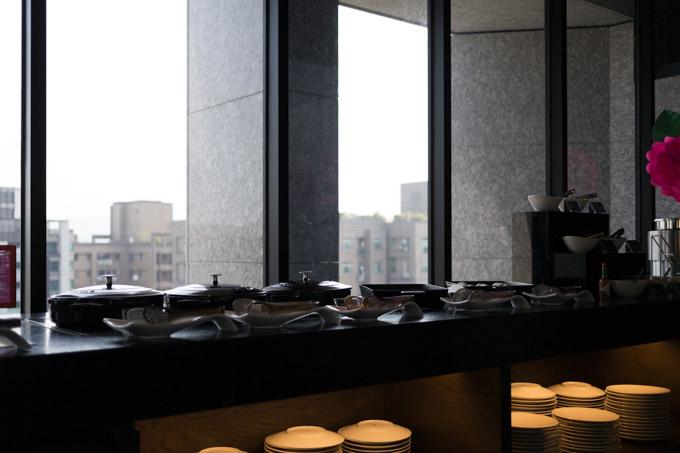 aloft-hotel-taipei-morning-10