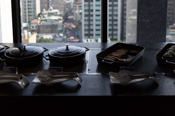 aloft-hotel-taipei-morning-2