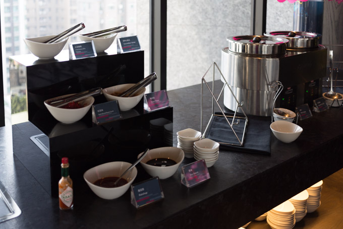 aloft-hotel-taipei-morning-3